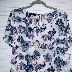 NWT Flowy and Flowery Pullover Top